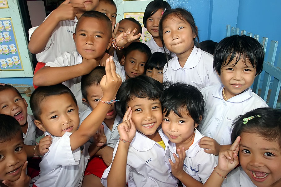 Some of the many Mon children I met in Sangkhlaburi