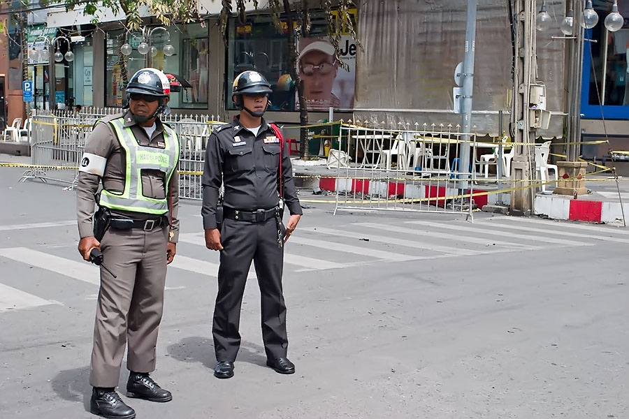 Police on the streets of Hat Yai
