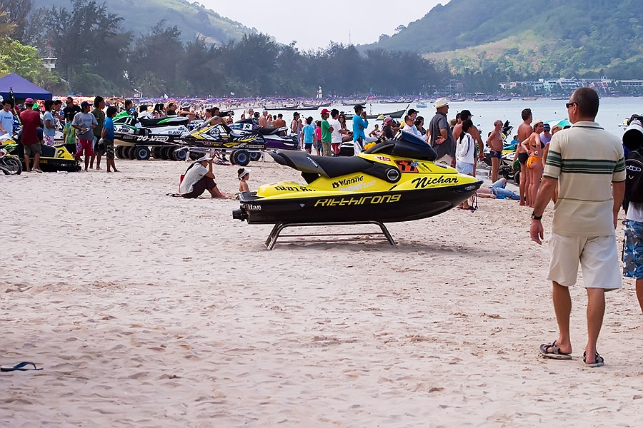 Crowds of farangs and the roar of jetskis make for the perfect beach vacation