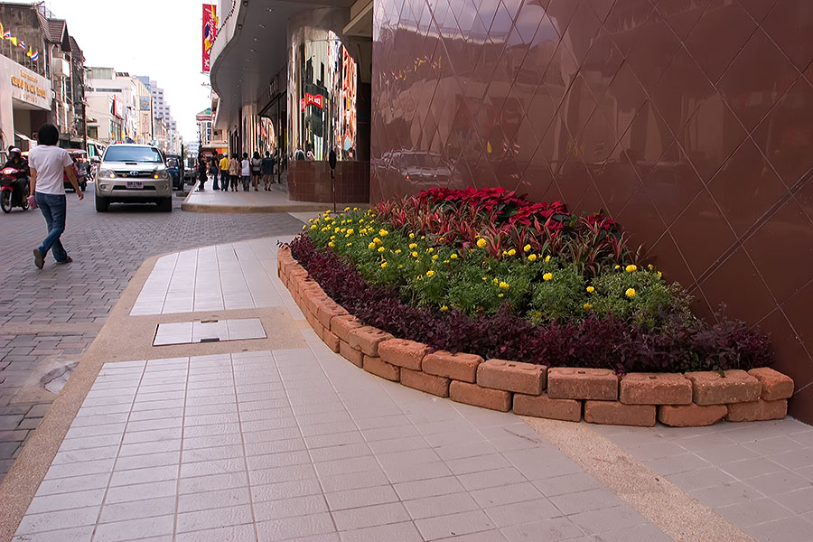 New pavements at Lee Gardens Plaza, Hat Yai, Thailand
