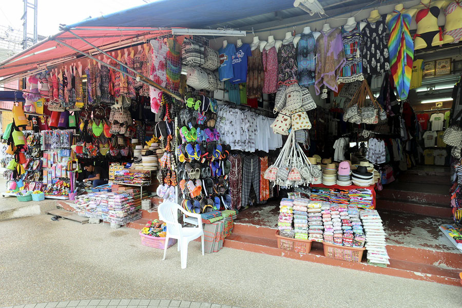 Shop in Ao Nang selling typical tacky tourist trinkets